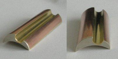 objekt-cvičení (mosaz, měď, bílá mosaz; 32x14x6 mm; 2009-2010)